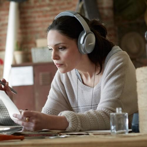 Listen to the Bose QuietComfort 35 II Headphones in-store